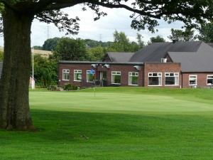 9th Green / Clubhouse